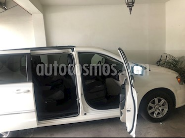 Foto Chrysler Town and Country Touring Piel 3.6L usado (2013) color Blanco precio $195,000
