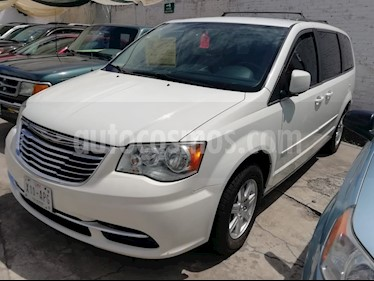 Foto Chrysler Town and Country Signature Series usado (2012) color Blanco precio $170,000