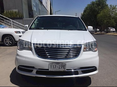 Foto venta Auto usado Chrysler Town and Country Touring 3.6L (2014) color Blanco precio $259,000