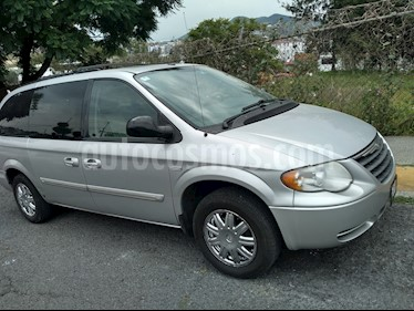 Chrysler Town and Country Touring Piel 3.6L usado (2007) color Gris precio $100,000
