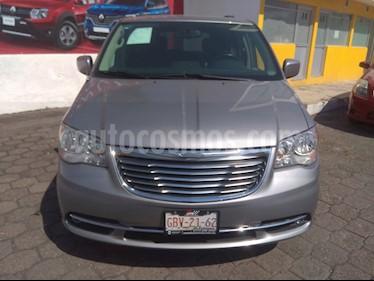 Foto venta Auto usado Chrysler Town and Country Touring Piel 3.6L (2015) color Gris precio $275,000
