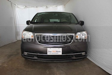 Chrysler Town and Country Touring Piel 3.6L usado (2016) color Gris precio $382,500