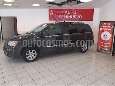 Foto venta Auto usado Chrysler Town and Country Touring Piel 3.6L (2011) color Granito precio $189,000