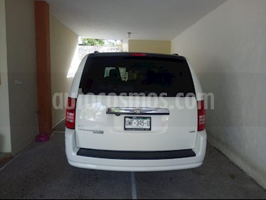 Chrysler Town and Country Touring Premium 4.0L usado (2008) color Blanco precio $118,000