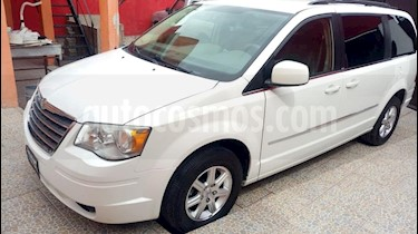 Foto venta Auto usado Chrysler Town and Country Touring Premium 4.0L (2009) color Blanco precio $140,000