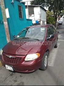Foto venta Auto usado Chrysler Voyager 3.3L Base (2003) color Rojo precio $55,000