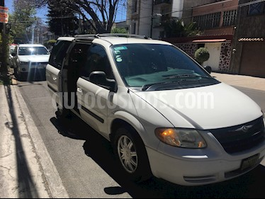 Foto venta Auto usado Chrysler Voyager 3.3L LX (2008) color Blanco precio $95,000