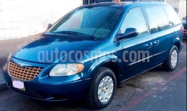 Chrysler Voyager 3.3L Base usado (2003) color Azul precio $57,000