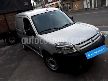 foto Citroën Berlingo Furgón 1.6 HDi Full usado (2017) color Gris precio $429.900