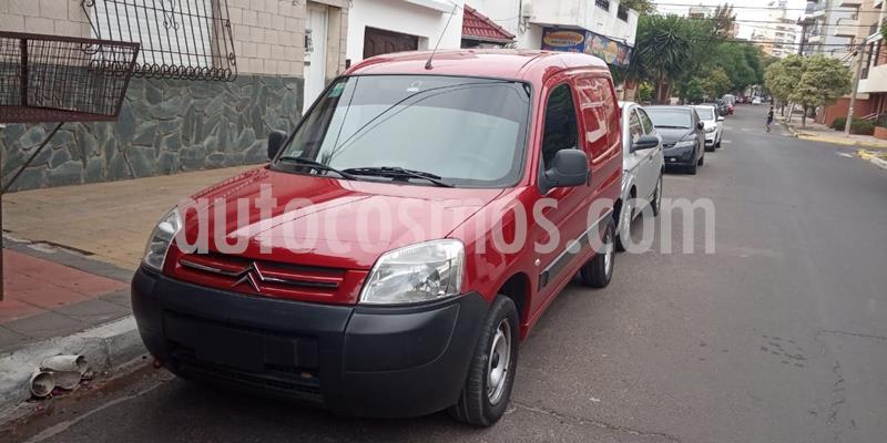 Citroen Berlingo Furgon 1.6 HDi Business usado (2015) color Rojo Rubi precio $950.000