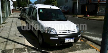 Citroen Berlingo Furgon 1.6 HDi Business usado (2017) color Blanco precio $790.000