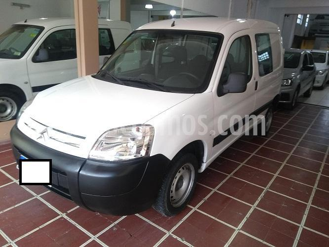 Citroen Berlingo Furgon 1.6 HDi Business usado (2017) color Blanco precio $870.000