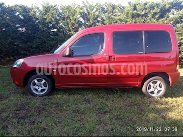 Citroen Berlingo Multispace 1.6 HDi SX Pack usado (2012) color Rojo Lucifer precio $450.000