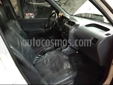 Daihatsu Terios DX 1.3 4X4 Ac usado (2007) color Blanco precio $2.600.000