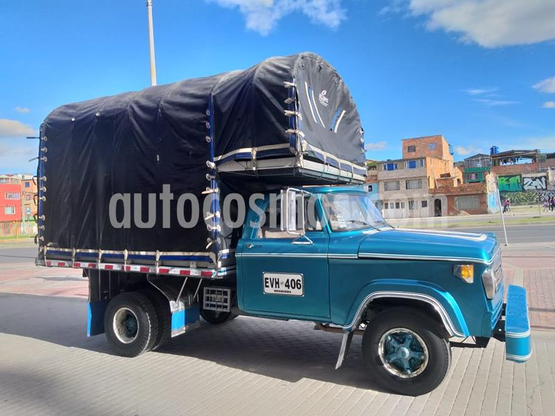 Dodge 100 automovil usado (1974) color Azul precio $21.000.000