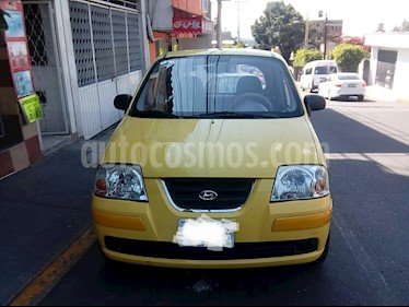 Foto Dodge Atos 1.1L Lujo usado (2011) color Amarillo precio $60,000