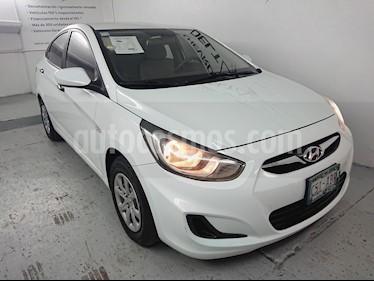 Foto venta Auto Seminuevo Dodge Attitude GL 1.4L Ac (2014) color Blanco Cristal precio $110,000