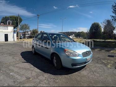 Foto Dodge Attitude GL 1.4L usado (2010) color Azul Celeste precio $74,000