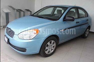 Foto Dodge Attitude GL 1.4L usado (2010) color Azul precio $85,000