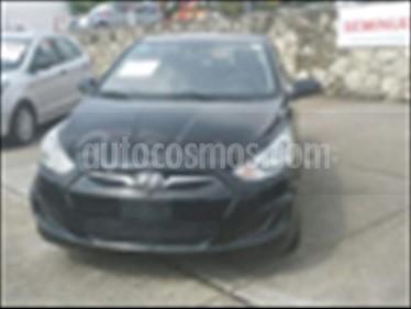 Dodge Attitude GL 1.6L Aut usado (2012) color Negro precio $135,000