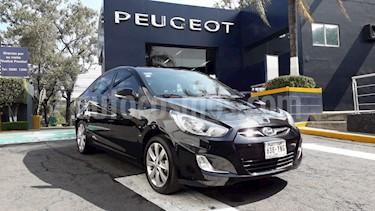 Foto venta Auto Seminuevo Dodge Attitude GLS 1.6L Aut (2013) color Negro precio $149,900
