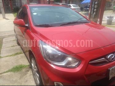 Dodge Attitude GLS Sport 1.6L Aut Sun and Park usado (2013) color Rojo Veloster precio $130,000