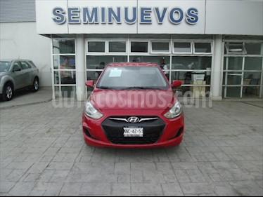 Dodge Attitude GL 1.4L usado (2014) color Rojo precio $105,000