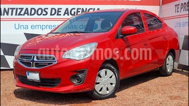 Dodge Attitude SE usado (2018) color Rojo precio $165,000