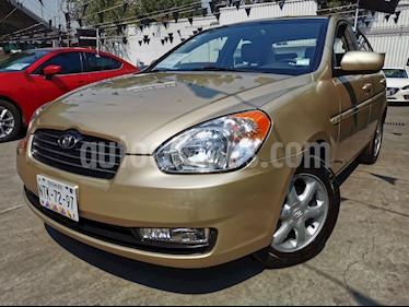 Dodge Attitude GLS 1.4L usado (2011) color Beige precio $80,000
