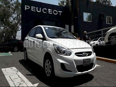 Dodge Attitude 4p GL aut 1.6L usado (2012) color Blanco precio $98,900