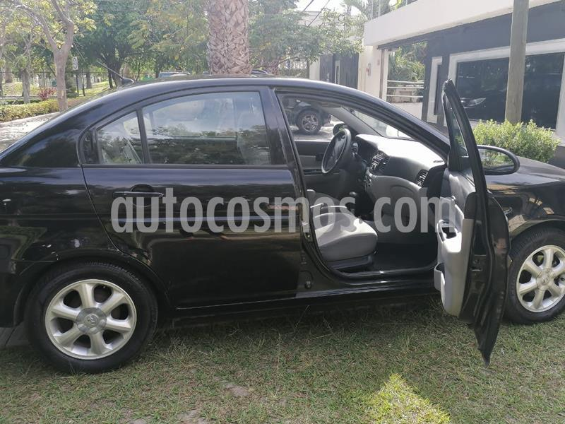 Dodge Attitude GLS 1.6L Aut Plus usado (2009) color Negro precio $67,000
