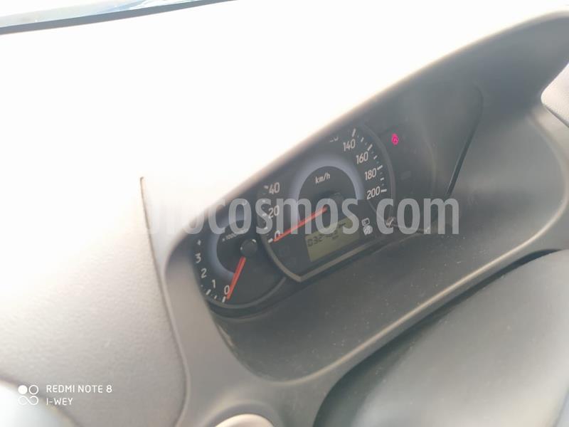Dodge Attitude SE Aut usado (2017) color Grafito precio $120,000