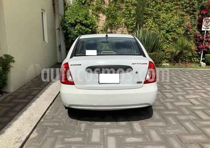 Dodge Attitude GL 1.6L Aut usado (2008) color Blanco precio $63,000