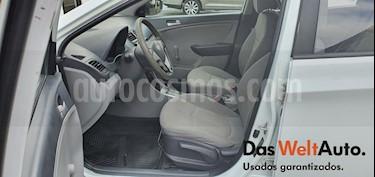 Dodge Attitude GL 1.6L Aut usado (2013) color Blanco precio $105,000