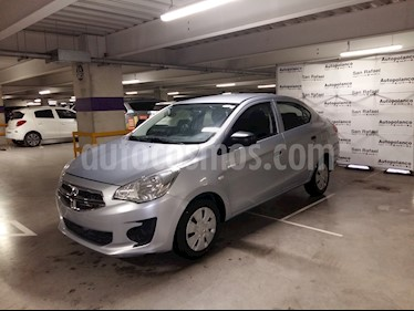 Foto venta Auto Seminuevo Dodge Attitude SE Aut (2016) color Plata precio $139,000