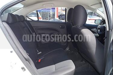 Foto venta Auto usado Dodge Attitude SE (2018) color Blanco precio $195,500