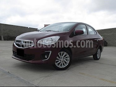 Foto Dodge Attitude SXT usado (2018) color Rojo precio $188,000