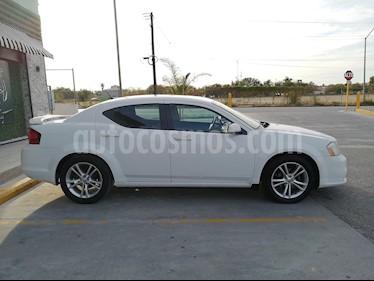 Dodge Avenger SXT 2.4L Aut Sport usado (2011) color Blanco precio $115,000