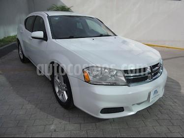 Dodge Avenger SXT 2.4L Aut usado (2012) color Blanco precio $104,500