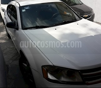 Dodge Avenger SE 2.4L Aut usado (2012) color Blanco precio $89,500