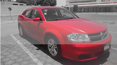 Dodge Avenger SXT 2.4L Aut usado (2012) color Rojo precio $117,000