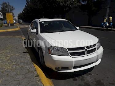 Dodge Avenger SXT 2.4L Aut usado (2008) color Blanco precio $75,000