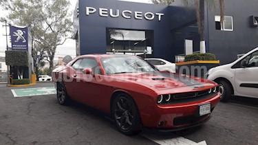 Foto Dodge Challenger 3.6L Dual Stripes usado (2017) color Rojo precio $479,900