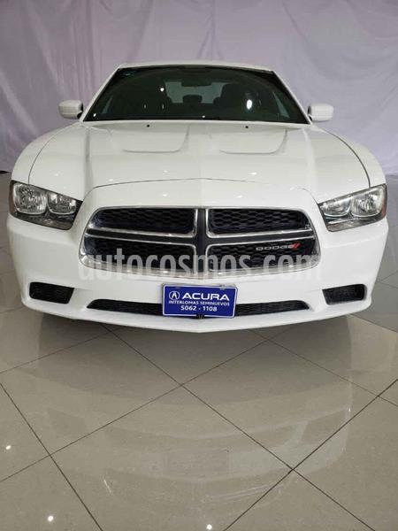 Dodge Charger SXT usado (2014) color Blanco precio $237,000
