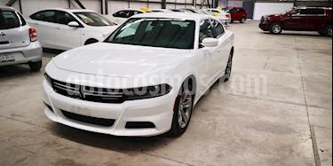 Foto venta Auto usado Dodge Charger SE (2016) color Blanco precio $319,800