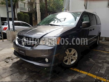 Dodge Grand Caravan 5p SXT Plus V6/3.6 Aut usado (2017) color Gris precio $355,000