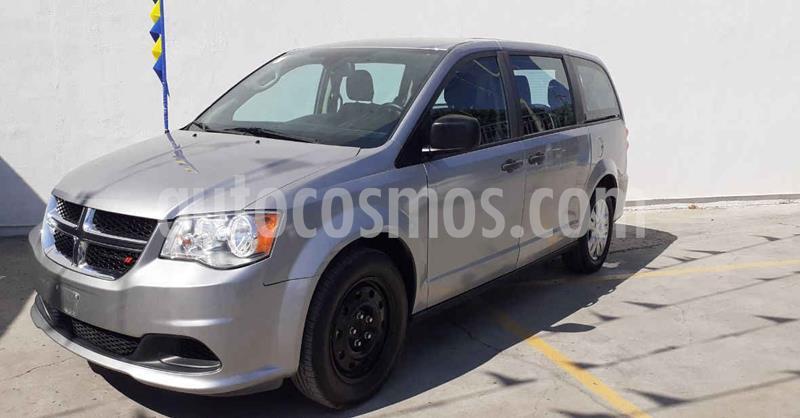Dodge Grand Caravan SE usado (2018) color Plata Dorado precio $279,900