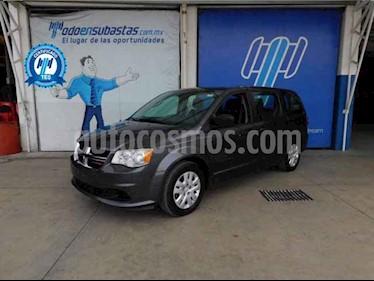 Dodge Grand Caravan 5p SE V6/3.6 Aut usado (2017) color Gris precio $155,000