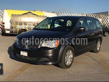 Dodge Grand Caravan 5p SE V6/3.6 Aut usado (2017) color Gris precio $199,900