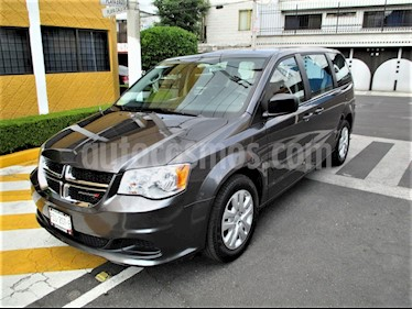 Dodge Grand Caravan SXT+ usado (2017) color Plata Martillado precio $229,900